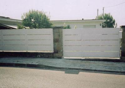 26 Puerta Metálica en Acero Inox