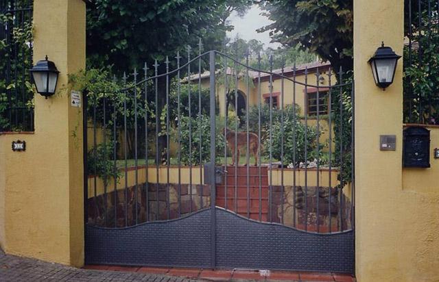 38 Puerta Metálica Entrada Casa