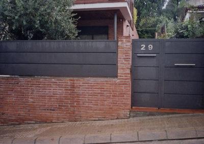 39 Puerta para Entrada de Casa