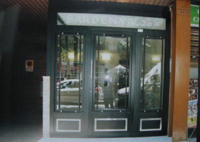 57 Puerta de Comunidad Instalada