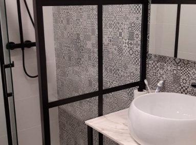 mampara de baño en acero galvanizado inox lacado en negro